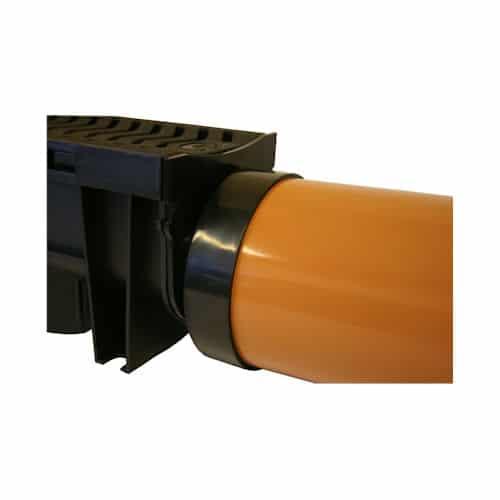 flexseal-slot-drain-end-outlet-insitu
